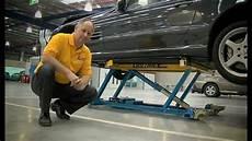 mobile auto fix auto shop using cartar mobile lift
