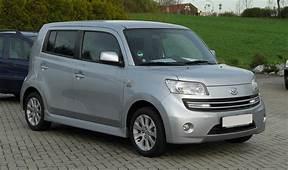 Daihatsu Materia 15 – Frontansicht 2 April 2011