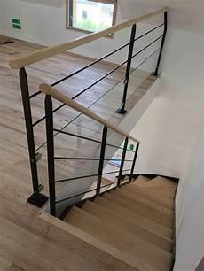 escalier en acier escalier 1 4 tournant en acier thermolaqu 233 marches et