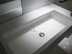 rivenditori corian lavabo sospeso in corian 174 ais by moab 80 design fabrizio