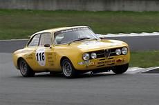 Alfa Romeo De - 1970 alfa romeo giulia 1750 gtam images specifications