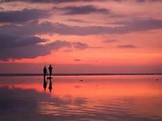 turisti per caso indonesia tramonti indonesia viaggi vacanze e turismo turisti