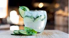 drink with gin essential cocktail recipes 30 best gin drinks hiconsumption