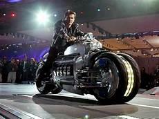 Das Schnellste Motorrad Wie Gross Wie Schwer Wie Weit
