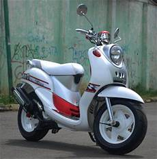 Mio Fino Modif by 250 Gambar Modifikasi Yamaha Mio Fino Vs Honda Beat