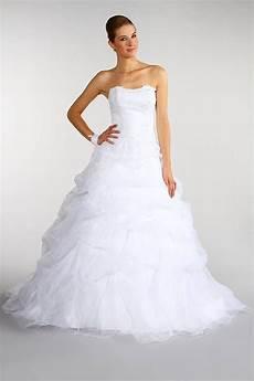 prix de la robe pourquoi la robe de mariee est blanche