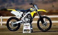 2019 suzuki 250f 2018 suzuki rm z250 impression dirt bike test