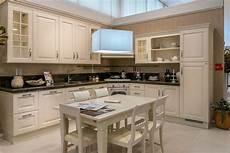 cucina con piano cottura ad angolo cucina ad angolo scavolini baltimora piano granito