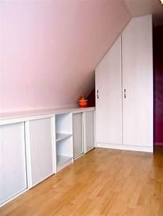 meuble pour comble placard sous pente sous combles bois rangement
