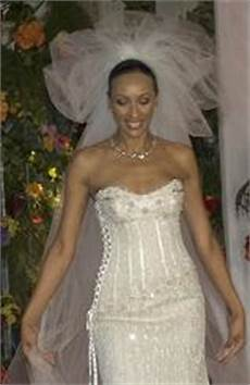 Renee Strauss Wedding Gowns the world s most expensive wedding dresses