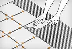 fliesen verlegen anleitung bodenfliesen verlegen in 9 schritten anleitung obi