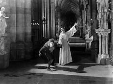 Quasimodo Malvorlagen Terbaik Pin En The Hunchback Of Notre Dame
