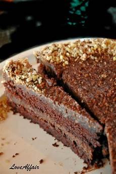 torta con ferrero rocher sbriciolati loveaffair cakes by mirela ferrero rocher torta ferrero rocher cake