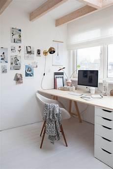 Wooden Bedroom Desk by Best 25 Desk Ideas On