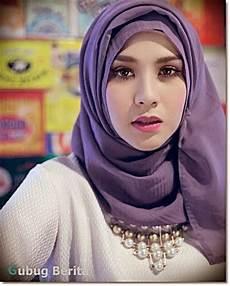 Gambar Wanita Berhijab Cantik Fashion Wanita Berhijab