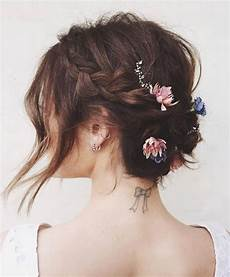 chignon sur cheveux courts coiffure de mariage cheveux mi longs le mariage