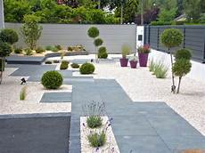 design jardin exterieur 20 stunning contemporary landscape designs that will take