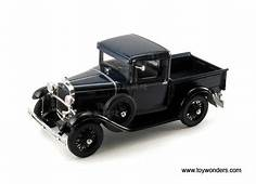 Signature Models  Ford Model A Pick Up 1931 1/18 Scale