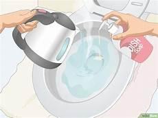 spülmittel in toilette eine verstopfte toilette p 252 mpeln wikihow