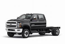2019 Chevrolet Hd Trucks by Chevrolet S 2019 Medium Duty Truck Trio Vehicle Research