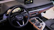 audi q7 cockpit brings new display to suv at ces