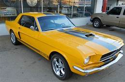 1965 FORD MUSTANG CUSTOM RESTOMOD SCREAMIN YELLOW W SILVER