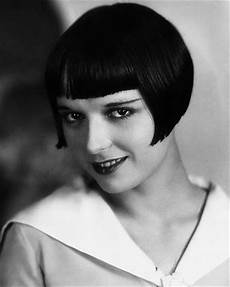 68 best 1920s bob haircuts images on pinterest louise brooks silent film and roaring 20s