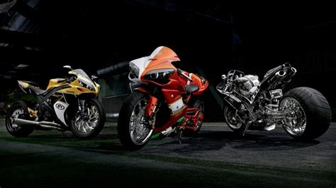Fast Yamaha Motorbikes Hd Wallpaper