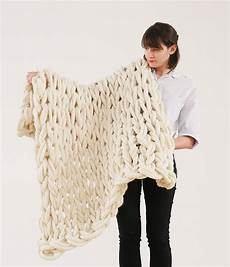 Arm Knitting Tricoter Une Couverture Avec Les Bras