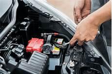 kaputte zündspule erkennen autobatterie defekt symptome wechsel sowie anfallende