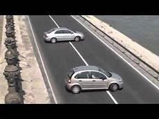 donna al volante pericolo costante incredibile divertente donna al volante pericolo