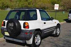 car owners manuals for sale 1996 toyota rav4 navigation system sell used 1996 toyota rav4 base sport utility 2 door 2 0l manual transmission awd 4x4 suv in