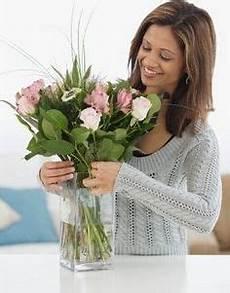 make your own cut flower preservative diy pinterest cut flower food flower food and cut