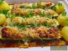 Rezept Gefüllte Zucchini - gef 252 llte zucchini 252 berbacken rezept mit franz 246 sischer