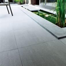 carrelage gris exterieur carrelage terrasse gris 60 x 60 cm lounge castorama