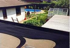 comment chauffer une piscine pas cher chauffe piscine solaire fait maison