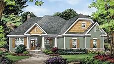 ranch style house plan 45467 ranch style house plan 3 beds 2 baths 1800 sq ft plan