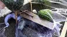 halloween garten deko grabstein gruselig s 228 rge spinnennetz