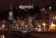 201 pingl 233 sur illuminations architecturales architecture