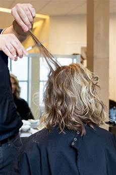 how much should i tip my hairdresser for a haircut bestdressers 2019