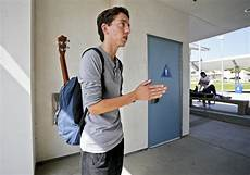 California Transgender Bathroom Petition by Gender Neutral Restrooms Gaining Traction Among Schools
