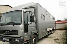Camion Amenage Om Car Plus Cheveaux