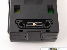 84212289717 genuine bmw snap in adapter for media