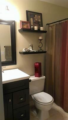 color ideas for small bathrooms small bathroom with earth tone color scheme ourhandiwork more small bathroom ideas