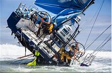 volvo race 6 million dollar volvo race boat wrecked on a reef