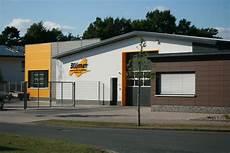 Autohaus Niedersachsen Garage by Handwerk Made In Dinklage