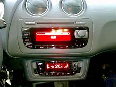 biete seat ibiza 6j oem radio aux mp3 biete car audio