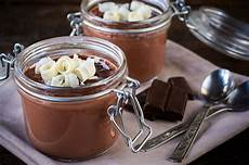 schokopudding selber machen chocolate mousse pie in a jar from the best dessert in a