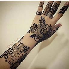 Gambar Henna Yang Simple Dan Cantik Inspirasi Desain Menarik