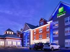 hotel mystic ct holiday inn express mystic seaport hotel
